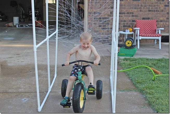 Kiddie Car Wash 6