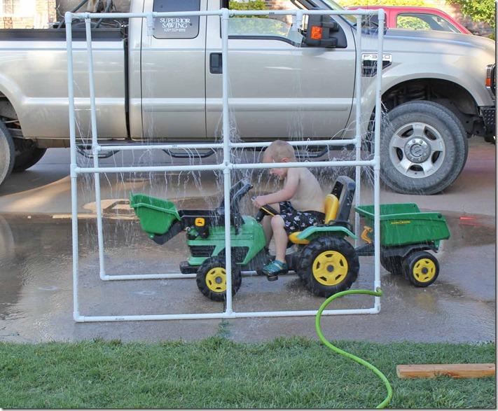 Kiddie Car Wash 7
